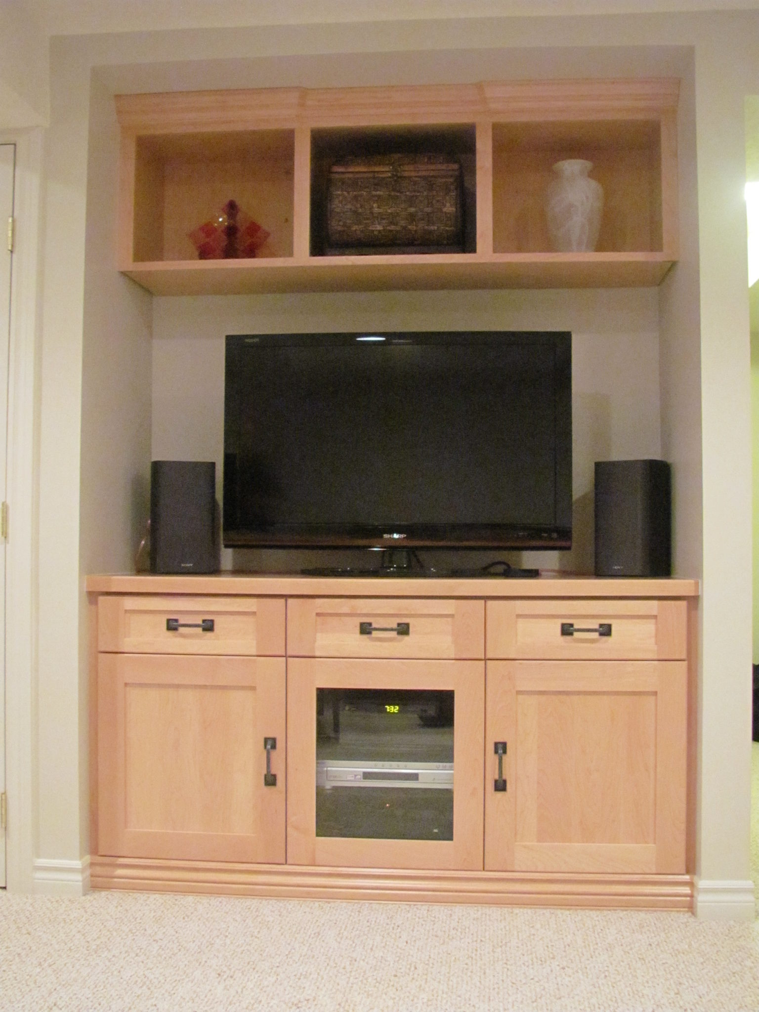 Guelph Woodworking Tv Wall Unit